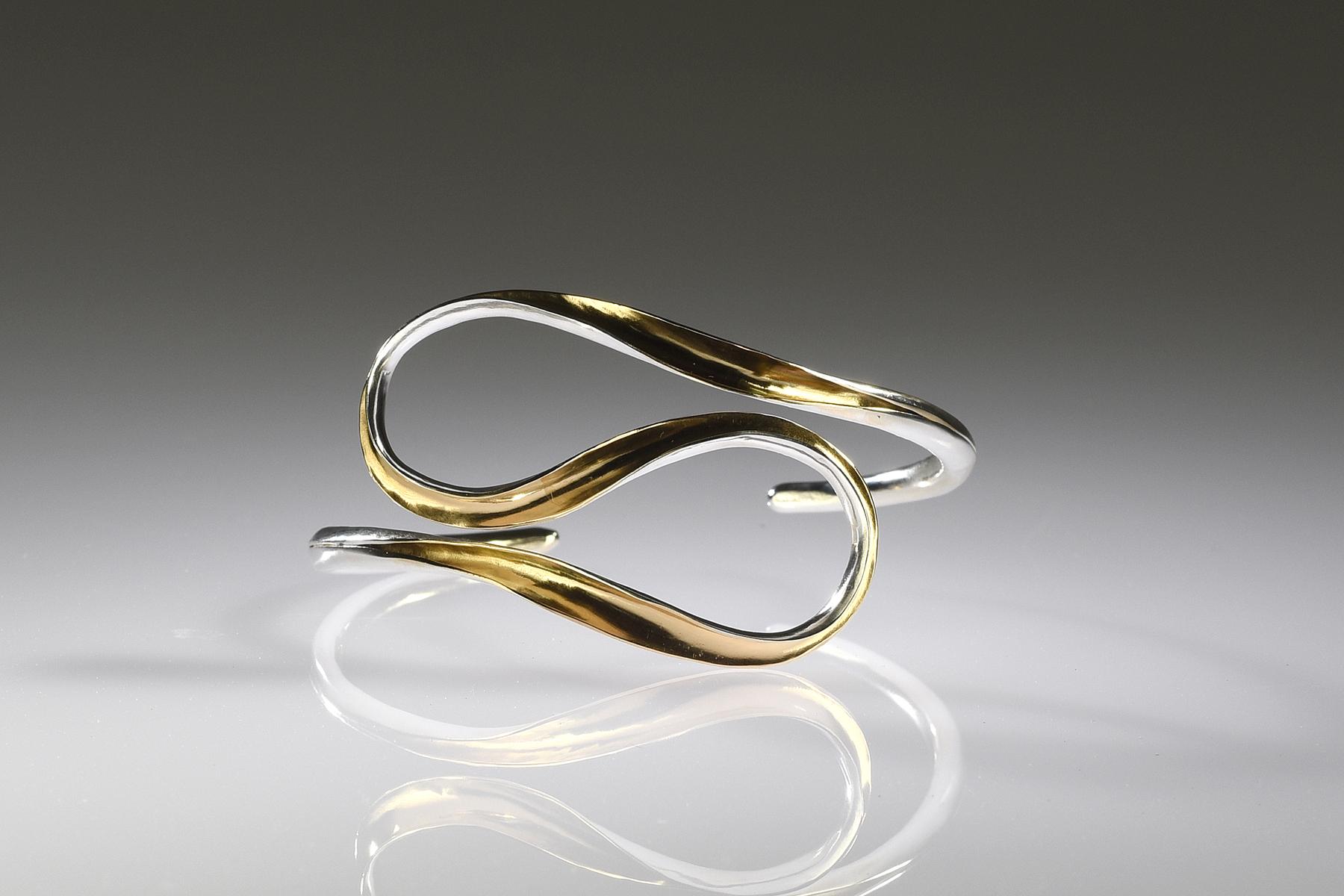 Gold Plated Ribbon Bracelet